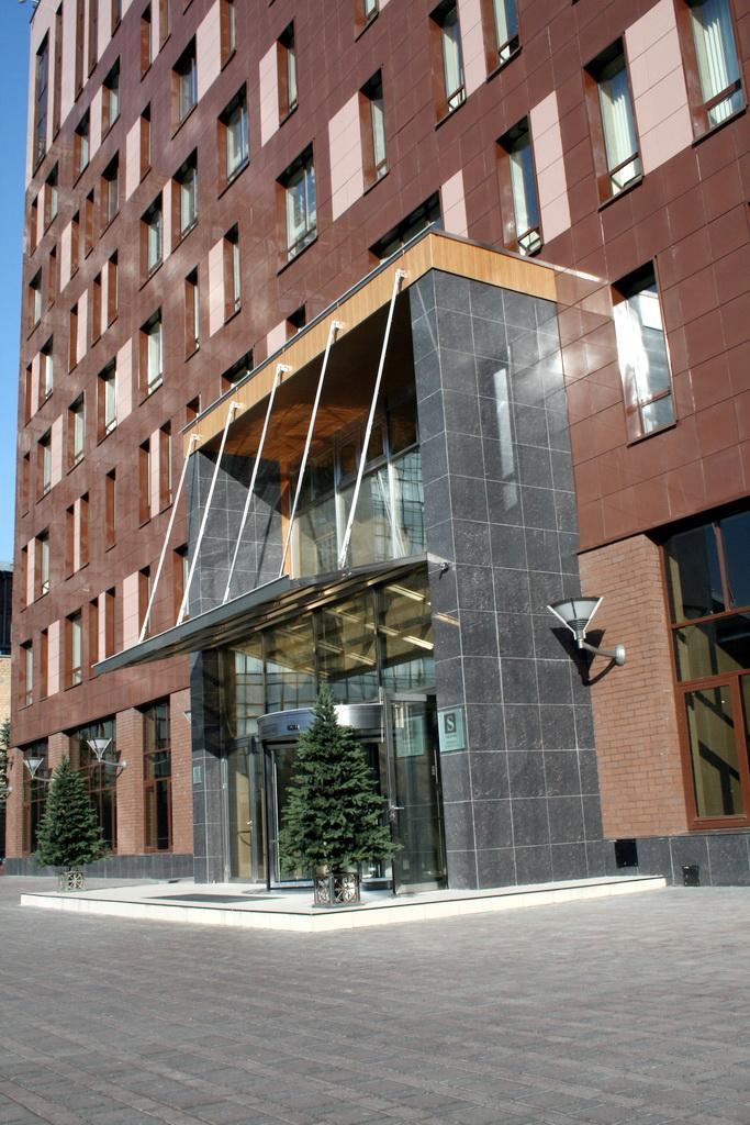 Аренда и продажа офисных помещений в БЦ Саввинский м.Фрунзенская